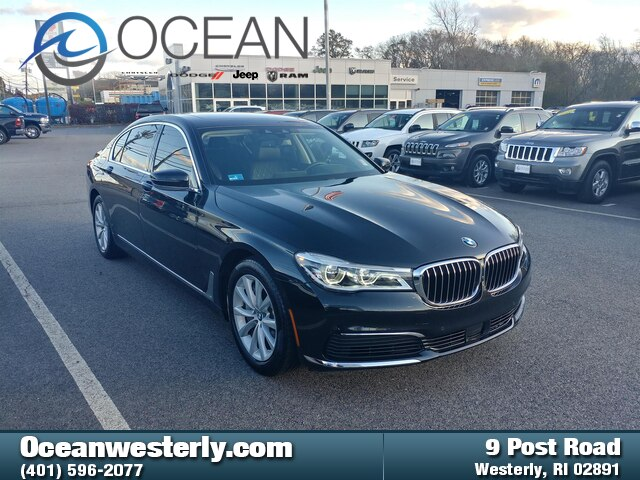 Pre-Owned 2019 BMW 750i xDrive