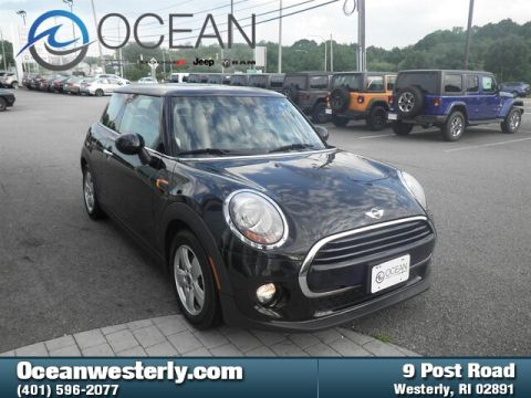 Pre-Owned 2016 MINI Hardtop Cooper